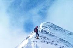 Daniele quasi in vetta al Monte Porche