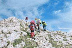 Salita verso il valico sotto il Monte Camicia