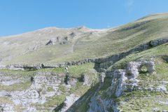 Cengia degli ammoniti e arco dei Grottoni