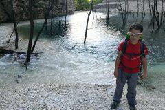 Alessio e le verdi acque del laghetto
